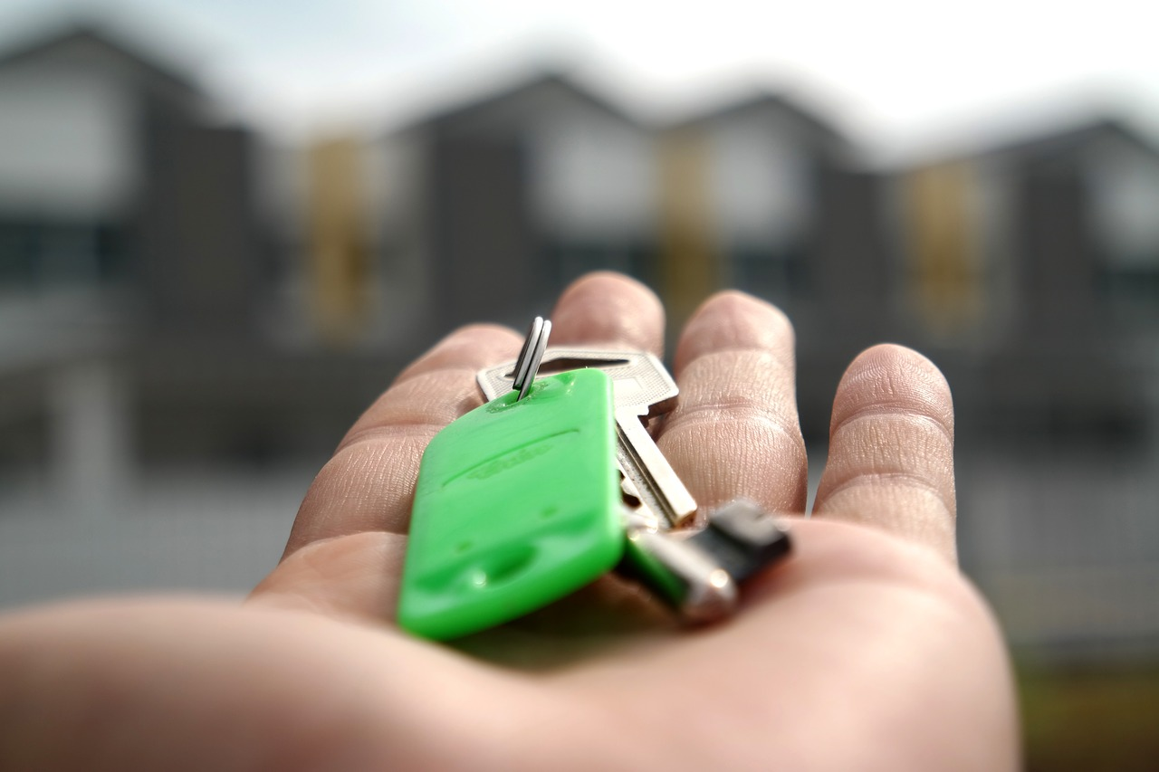 How to Invest in Property with Easy Properties?